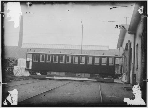 500w_fotografie-vierachsiger-personenwagen-1891-13164.jpg